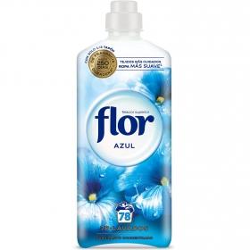 Suavizante concentrado azul Flor 64 lavados.