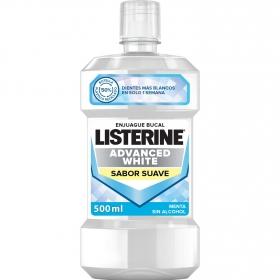 Enjuague blanqueador avanzado de menta Listerine 500 ml.