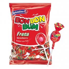 Caramelo con palo relleno de chicle sabor fresa Bon Bon Bum Colombina bolsa de 24 unidades de 17 g.