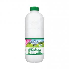 Leche desnatada Central Lechera Asturiana botella 2,2 l.