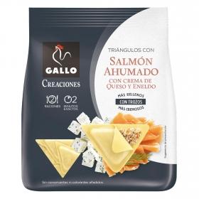 Triángulos con salmón ahumado y queso crema Gallo 250 g.