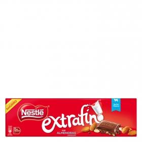 Chocolate con leche extrafino con almendras Nestlé sin gluten 300 g.