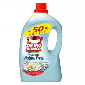 Detergente fragancia nature fresh líquido Omino Bianco 50 lavados.