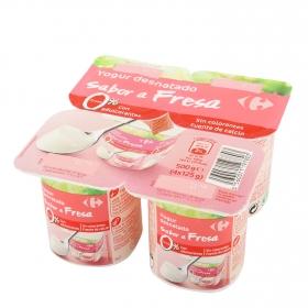 Yogur desnatado edulcorado de fresa Carrefour pack de 4 unidades de 125 g.