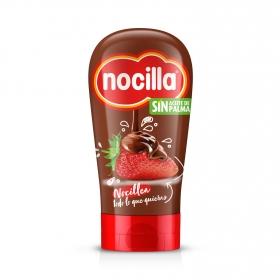 Crema de cacao con avellana boca abajo