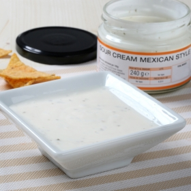 Salsa sour cream mexican style