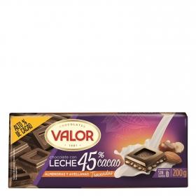 Chocolate con leche y almendras y avellanas troceadas Valor sin gluten 200 g.