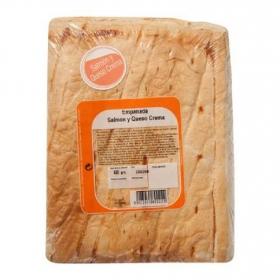 Empanada de hojaldre de salmón y queso Empanadas Mendoza 600 g.