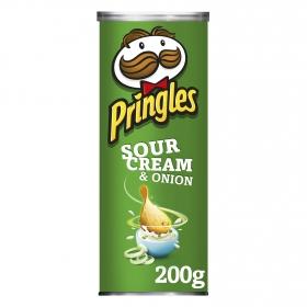 Aperitivo de patata sabor crema agria y cebolla Pringles 200 g.