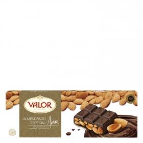 Chocolate puro con almendras mediterráneas