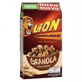 Cereales de avena con caramelo y chocolate