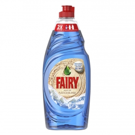 Lavavajillas a mano Fairy 550 ml.