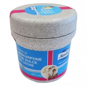 Tarrina de helado mascarpone con dulce de leche