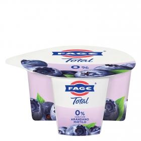 Yogur griego desnatado 0% con arándanos Fage 170 g.