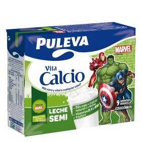 Leche semidesnatada Puleva Vitacalcio pack de 3 briks de 200 ml.