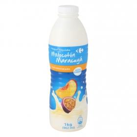 Yogur semidesnatado líquido de melocotón y maracuyá Carrefour 1 kg.