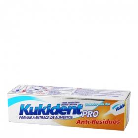 Crema Adhesiva Efecto Sellado