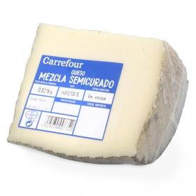 Queso semicurado mezcla Carrefour cuña 1/4, 750 g aprox
