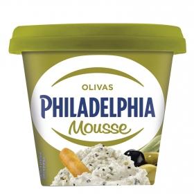 Mousse de queso olivas