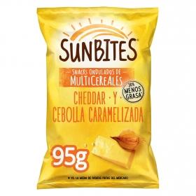 Snack ondulados de multicereales con sabor cheddar y cebolla caramelizada