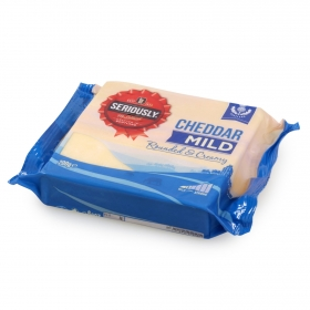 Queso cheddar blanco suave Seriously Strong porción 200 g