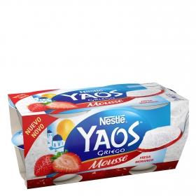 Mousse de yogur griego de fresa Nestlé Yaos pack de 4 unidades de 70 g.