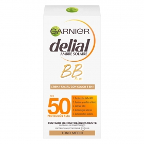 Crema solar facial con color FP 50 BB Sun Delial 50 ml.