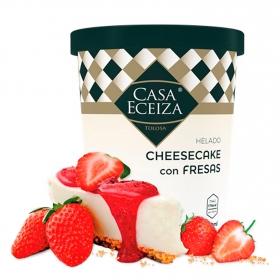 Helado cheescake con fresas