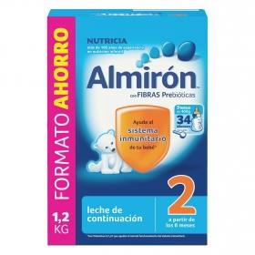 Leche infantil de continuación desde 6 meses en polvo con fibras prebióticas Almirón 2 caja 1200 g.