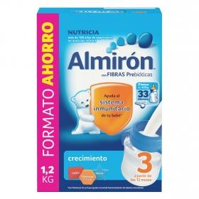 Leche infantil de crecimiento desde 12 meses en polvo con fibras prebióticas Almirón 3 caja 1200 g.