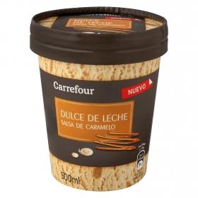 Helado de dulce de leche con salsa de caramelo Carrefour 500 ml.