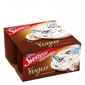 Yogur desnatado straciatella Nestlé Sveltesse pack de 4 unidades de 125 g.