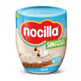Crema de leche con avellanas