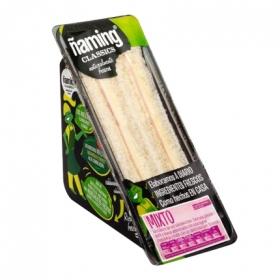 Sandwich clásico mixto