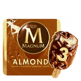 Helado de chocolate con almendra