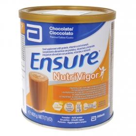 Complemento alimenticio con proteína y vitaminas de chocolate