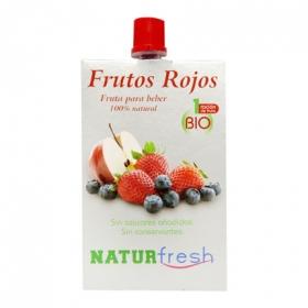 Fruta para beber de frutos rojos