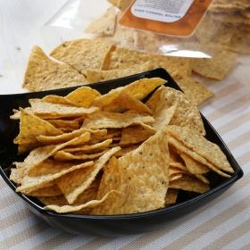 Nachos en forma de triángulo