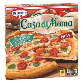 Pizza de pesto de rúcula y tomates