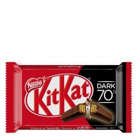 Barrita de galleta crujiente bañada en chocolate negro Nestlé Kit Kat 41,5 g.