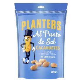 Cacahuetes al punto de sal