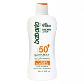Leche protectora solar pieles sensibles SPF 50+ Babaria 200 ml.