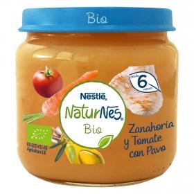 Tarrito de zanahoria y tomate con pavo ecológico Nestlé Naturnes sin gluten 200 g.