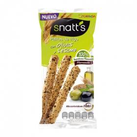 Palitos de trigo con olivas