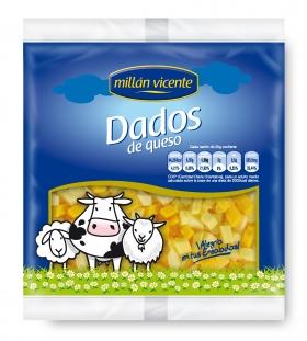 Dados de queso para ensalada