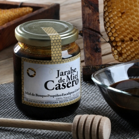 Jarabe de miel casero: Miel de bosque, propóleo, eucaliptus, limón