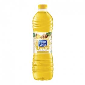 Agua mineral con zumo de piña Levité