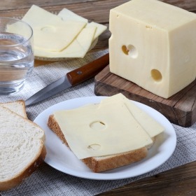 Queso emmental lonchas
