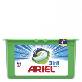 Detergente en cápsulas 3 en 1 Alpes Ariel 38 ud.