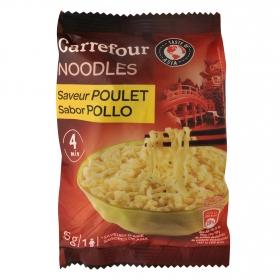 Noodles sabor pollo Carrefour 85 g.